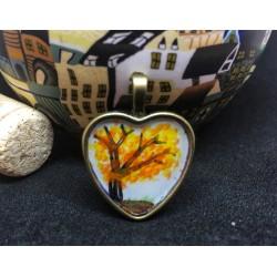 Mantis medallion